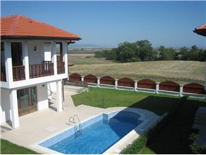 3 Bedroom Villa in Aheloy, Bulgaria